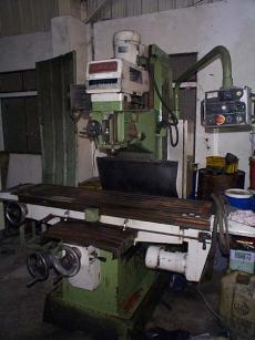 中古常準製立式銑床-中古機械買賣
